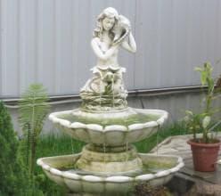мраморный фонтан-статуя