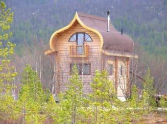 Шикарная двухэтажная баня-дом