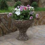 бетонный вазон для цветов