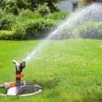 дождеватели для полива огорода своими руками