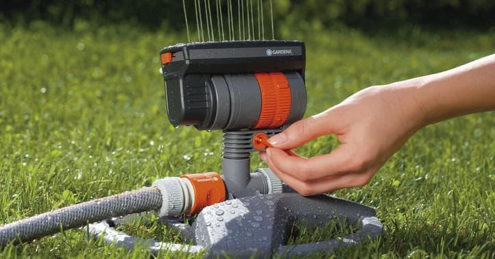 Дождеватель для полива огорода: распылитель воды под давлением