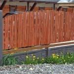 чем покрасить новый деревянный забор