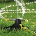 разбрызгиватели для полива огорода