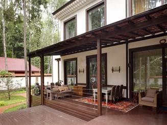 сколько стоит строительство террасы пристроенной к дому