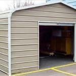 из чего дешевле построить гараж