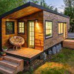 построить небольшой дом для постоянного проживания