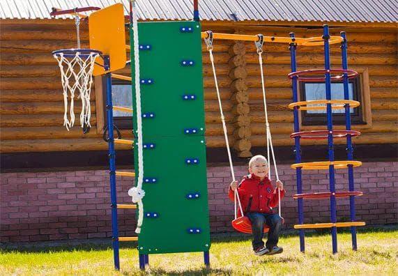 пластиковый уличный детский спортивный комплекс для дачи