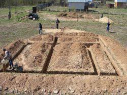 разработка грунта для фундамента для каркасного дома