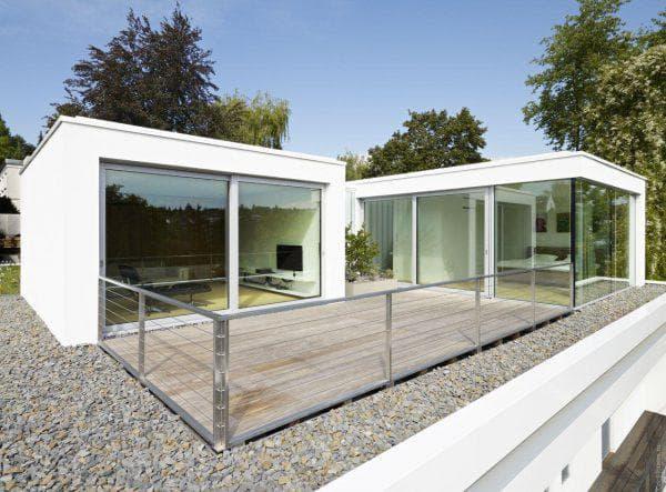 дом с плоской крышей 35 м2 с террасой квадратной формы