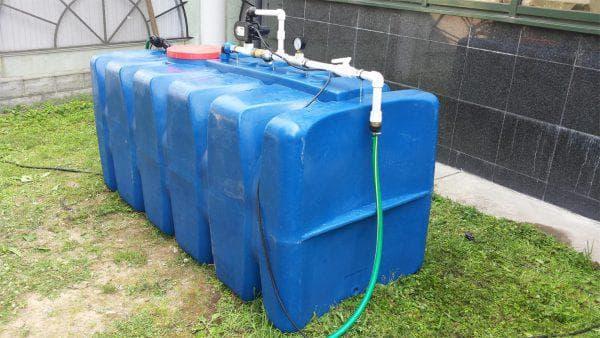 пластиковые емкости для запаса воды на дачу