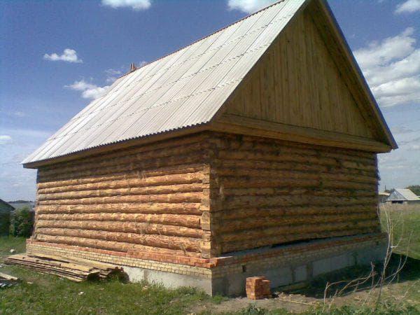 шифер на деревянном доме