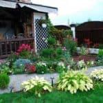 Выбираем дизайн и красивое оформление для палисадника перед частным домом