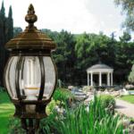 Что нужно учитывать при организации уличного освещение для загородного дома