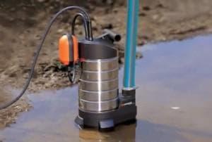 водяной скважинный насос