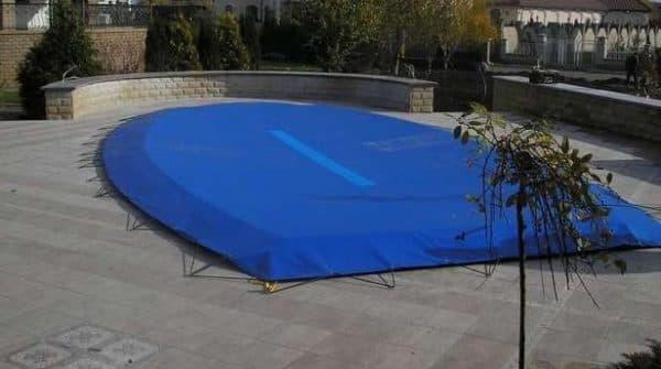 Специальное покрытие для бассейна