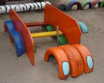 поделки из шин для детской площадки машинка