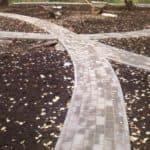 Как правильно класть тротуарную плитку?