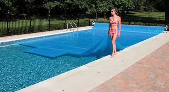 квадратное покрывало для бассейна плавающее