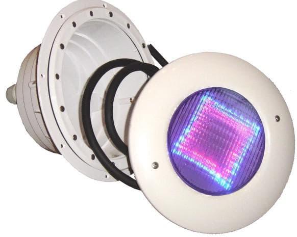 подводные светильники для бассейна Emaux – продукция китайских сотоварищей
