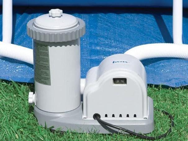 Картриджный фильтр для очистки бассейна на даче