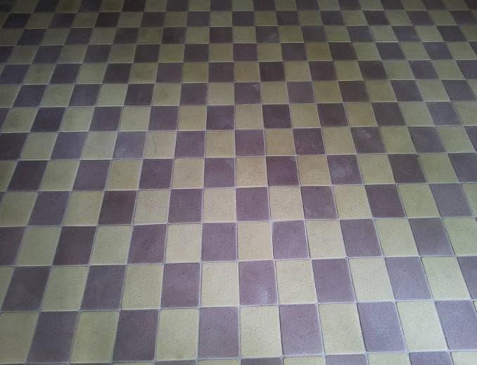 укладка брусчатки в виде шахматки