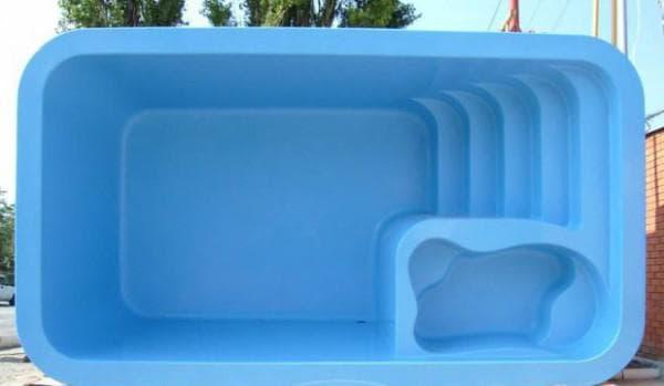 пластиковые монолитные бассейн для дачи из стеклопластика