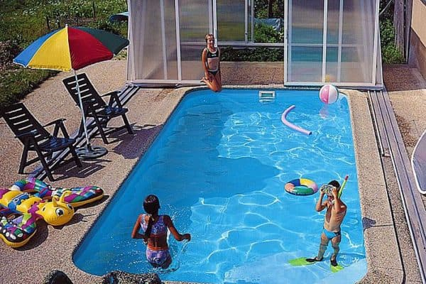 пластиковые монолитные бассейн для дачи из полипропилена