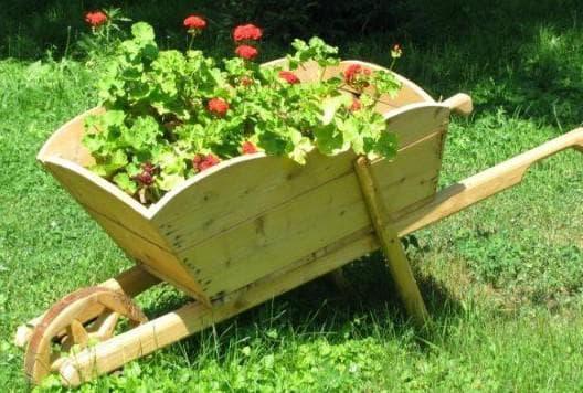 малая телега декоративная для сада
