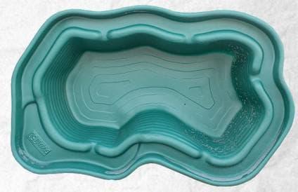 пруд пластиковый садовый непраильной формы