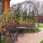 кованые шпалеры для вьющихся растений