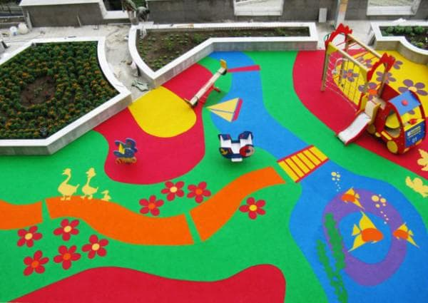 покрытие для детских площадок из резиновая крошка