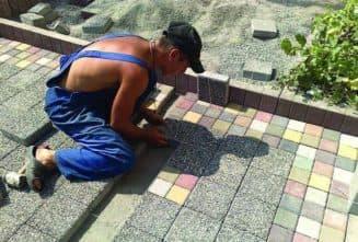 Как положить тротуарную плитку на бетонное основание