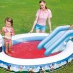 Детский надувной бассейн для дачи с горкой