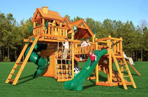 Детский комплекс с горками