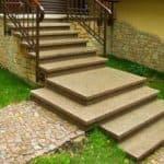 Разнообразие конструкций и ступеней для уличных лестниц
