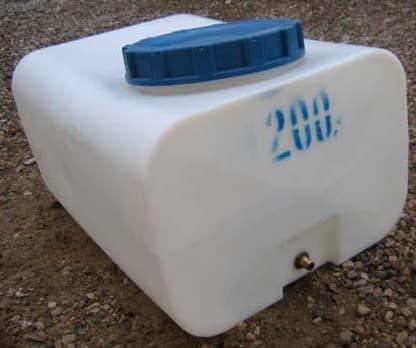 бак +для душа пластиковый 200 литров квадратный