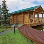 Современные проекты деревянных бань с террасой: секреты правильного строительства