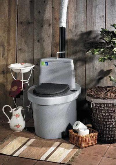 верхний контейнер торфяного туалета для дачи