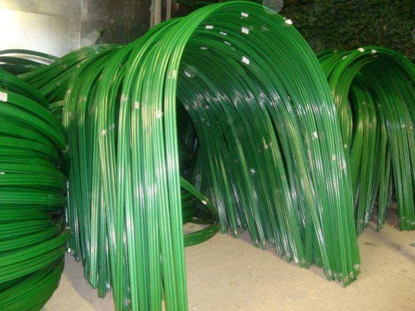пластиковые дуги для парника