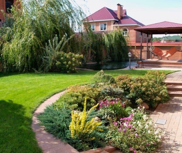 озеленение частного дома