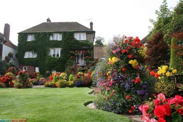 французский стиль двора частного дома