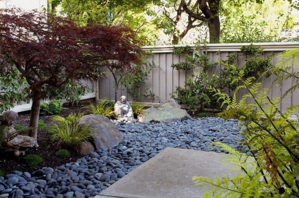 японский стиль двора частного дома