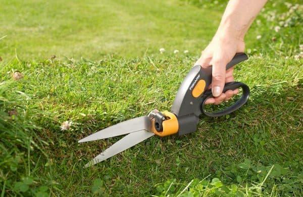садовые ножницы для стрижки кустов Fiskars