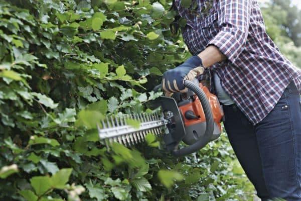 садовые ножницы для стрижки кустов Husqvarna